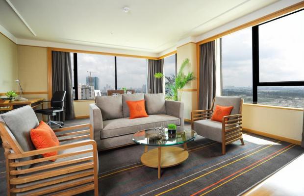 фото отеля Renaissance Riverside изображение №21