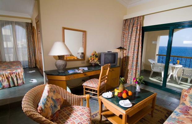 фото отеля Island View Resort (ex. Sunrise Island View Resort; Maxim Plaza White Knight Resort) изображение №5