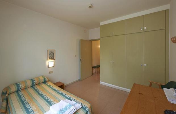 фото Apartamentos Montserrat Abat Marcet изображение №18