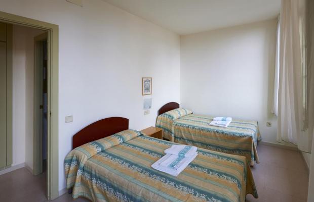 фото отеля Apartamentos Montserrat Abat Marcet изображение №9