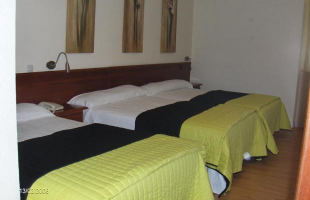 фотографии отеля Hostal Riesco изображение №11