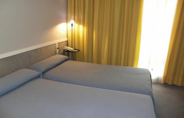 фото отеля Apartamentos Descartes изображение №17