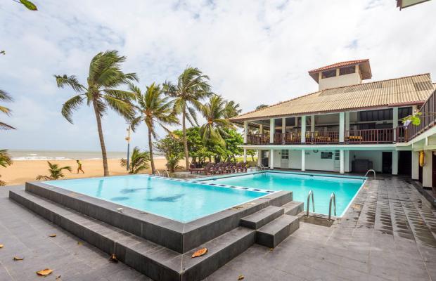 фото отеля Catamaran Beach Hotel изображение №1