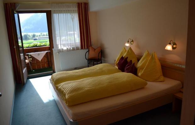 фотографии отеля Landhaus Stefanie изображение №3