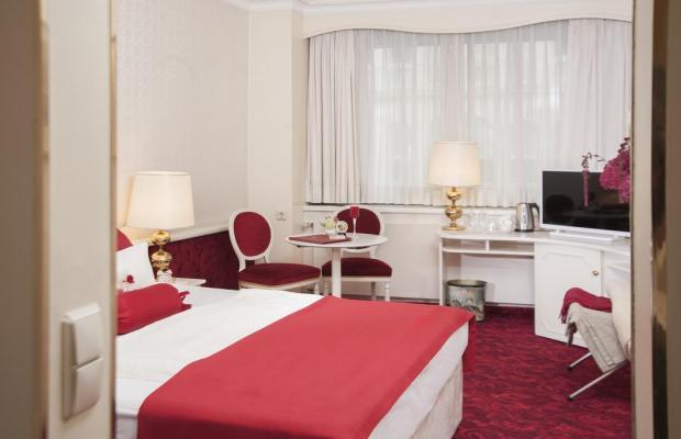 фотографии отеля Hotel Amadeus изображение №7