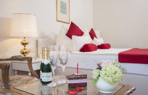 фото Hotel Amadeus изображение №6