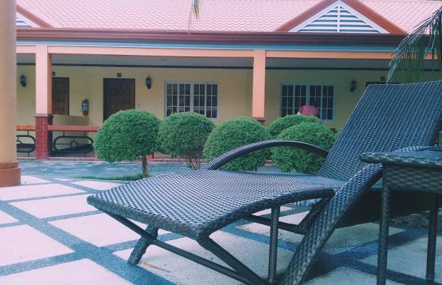 фото Hagnaya Beach Resort and Restaurant изображение №2
