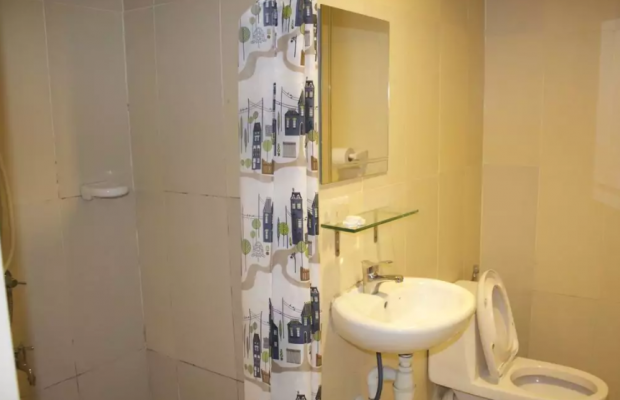 фото отеля One Borneo Tower B Service Condominiums изображение №9