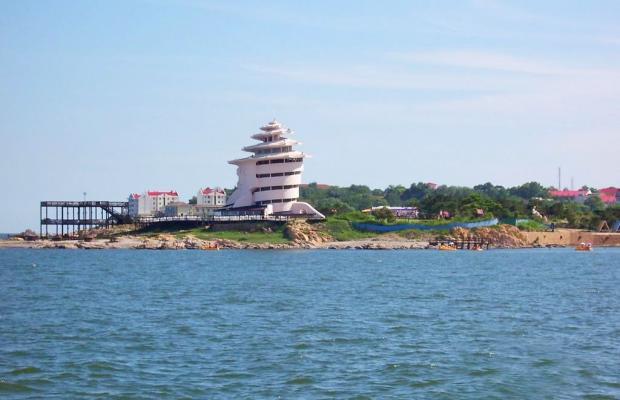 фото отеля Zhong Hai Tan (Средний пляж) изображение №1