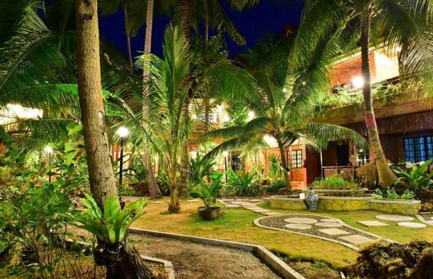 фото отеля Alona Tropical Beach Resort изображение №5