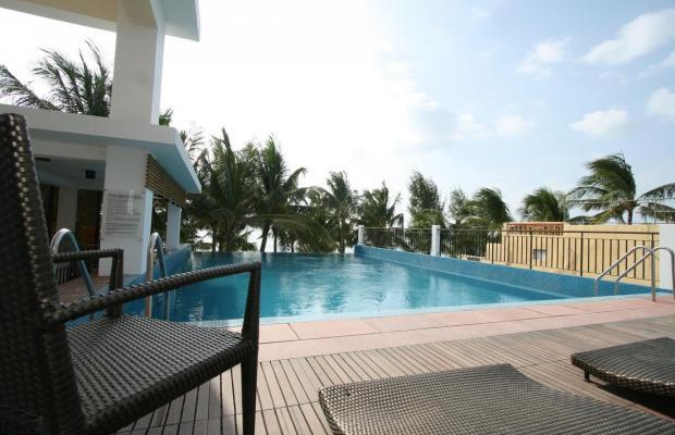 фотографии Crown Regency Beach Resort изображение №16