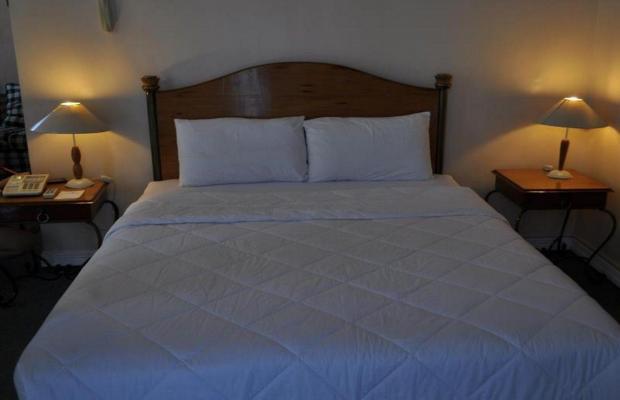 фото отеля Golden Peak Hotel & Suites изображение №5