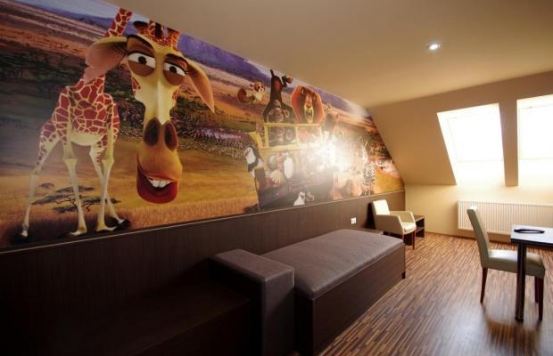 фото отеля Hotel Corvin изображение №9