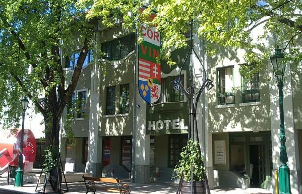 фото отеля Hotel Corvin изображение №1