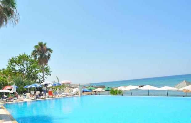 фото LA Hotel & Resort изображение №18