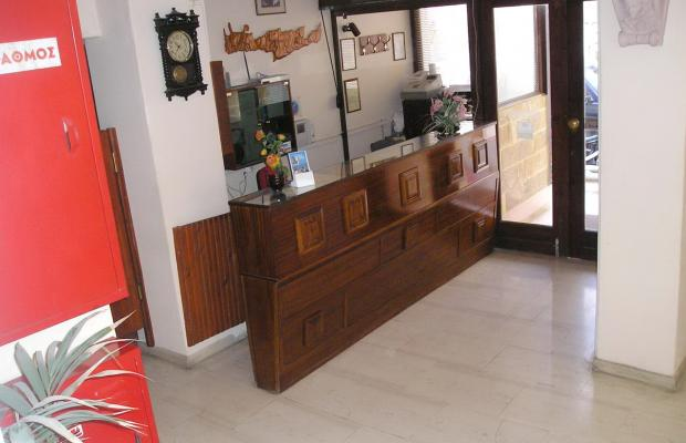 фото отеля Tina изображение №17