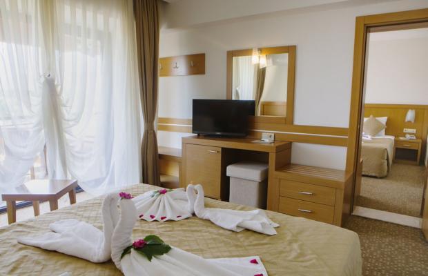 фотографии отеля The Holiday Resort изображение №19