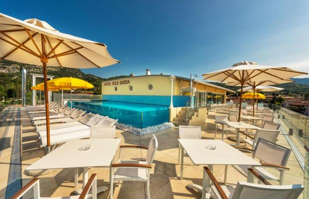 фото отеля Sky Pool Hotel Sole Garda изображение №1