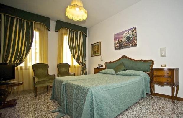 фото отеля Fontana изображение №9