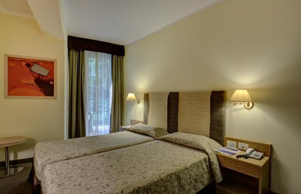 фото отеля Cristina изображение №41