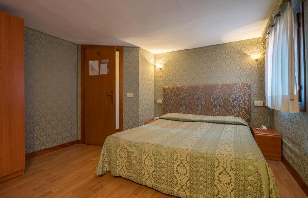 фотографии отеля Alle Guglie изображение №27