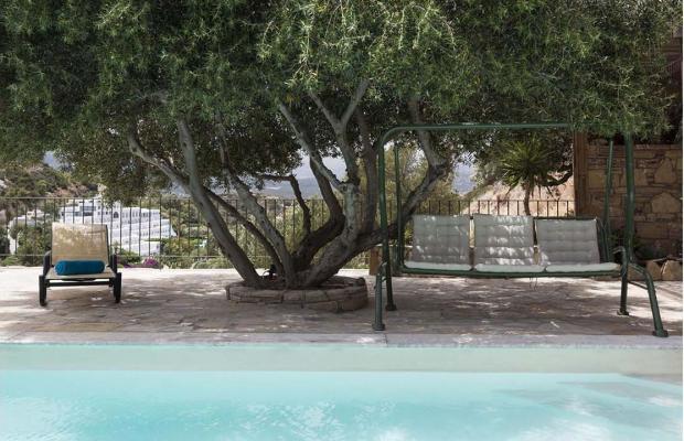 фотографии отеля Artemis Villa изображение №7