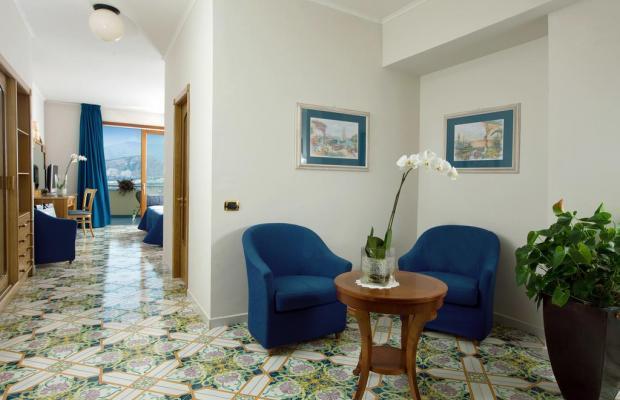 фото Grand Hotel Vesuvio изображение №14