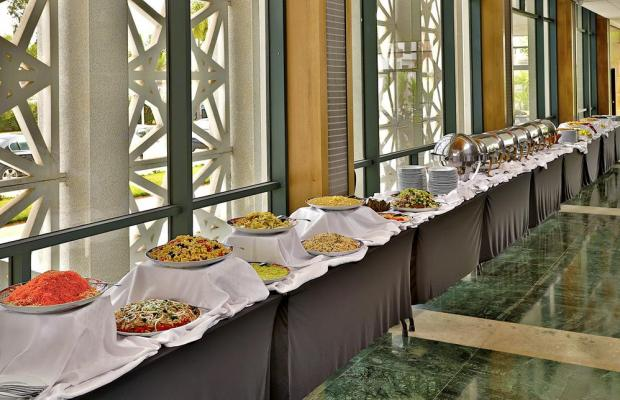 фото L'Amphitrite Palace Resort & Spa изображение №18