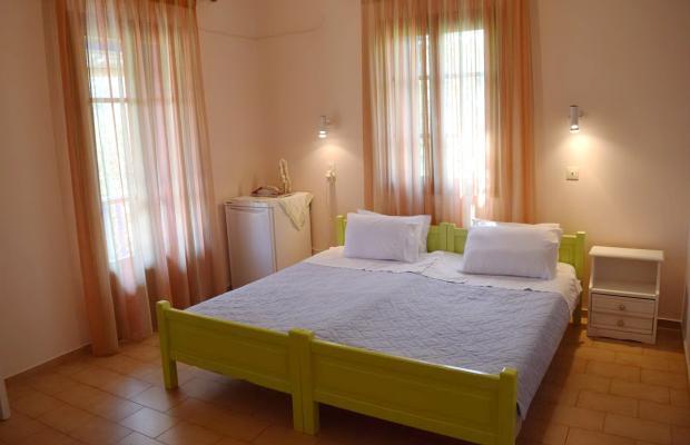 фотографии отеля Rastoni Guest House (ex. Christinis Rooms) изображение №7
